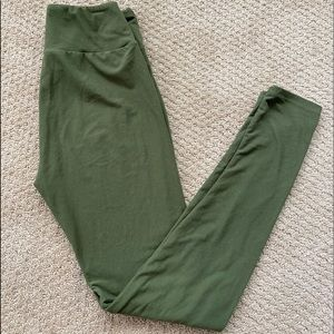 Lularoe olive green legging